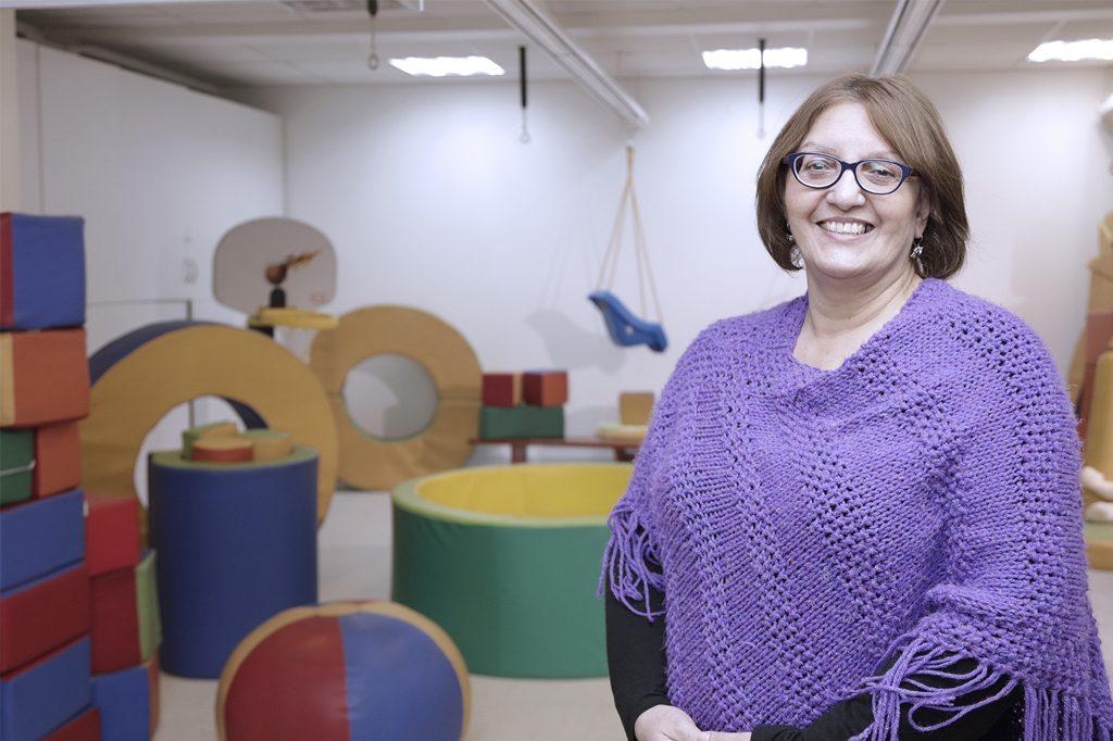 OLGA VÉLIZ, Directora de Escuela Terapia Ocupacional.