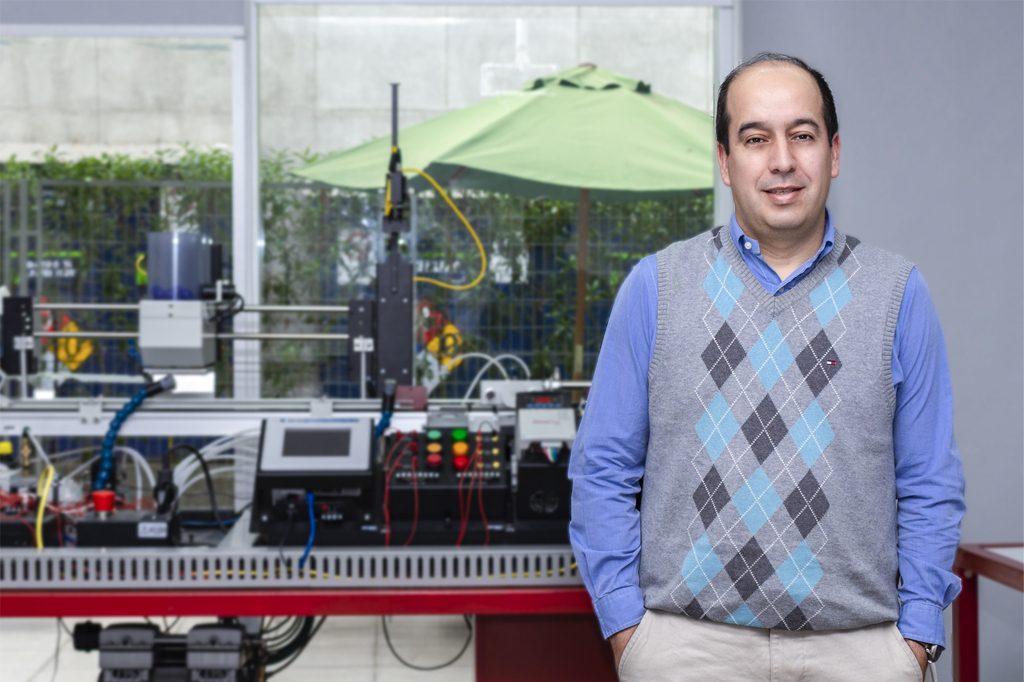 ALEJANDRO CÓRDOVA, Director de Ingeniería Civil Industrial (Viña del Mar).