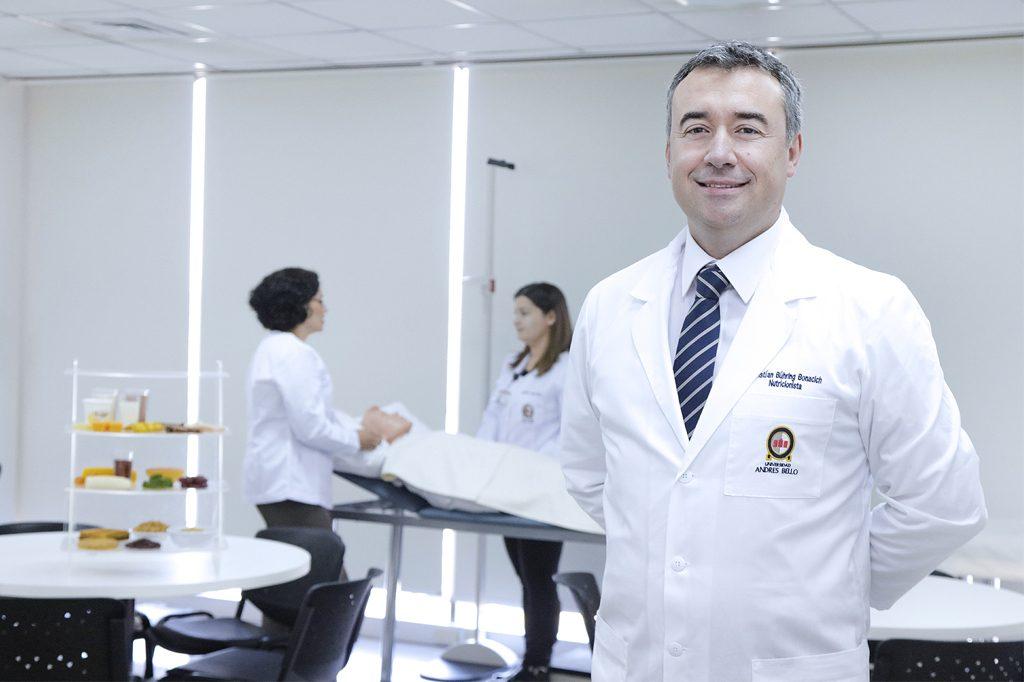 KRISTIAN BUHRING, Director de Nutrición y Dietética en Concepción