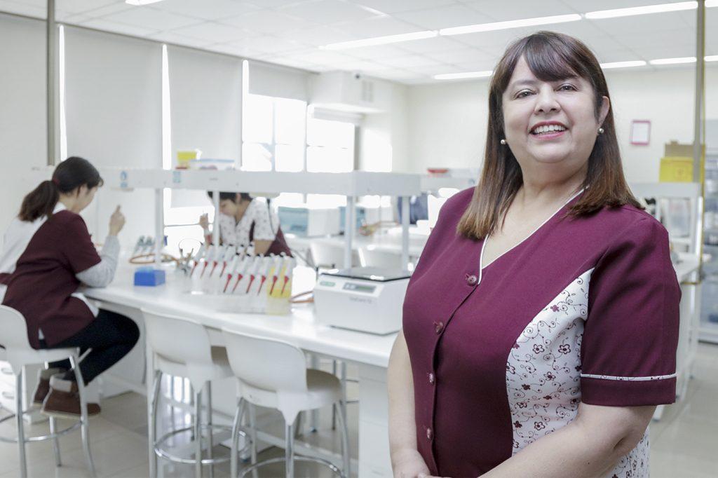 ALEJANDRA SOTO, Directora de Tecnología Médica (Concepción).