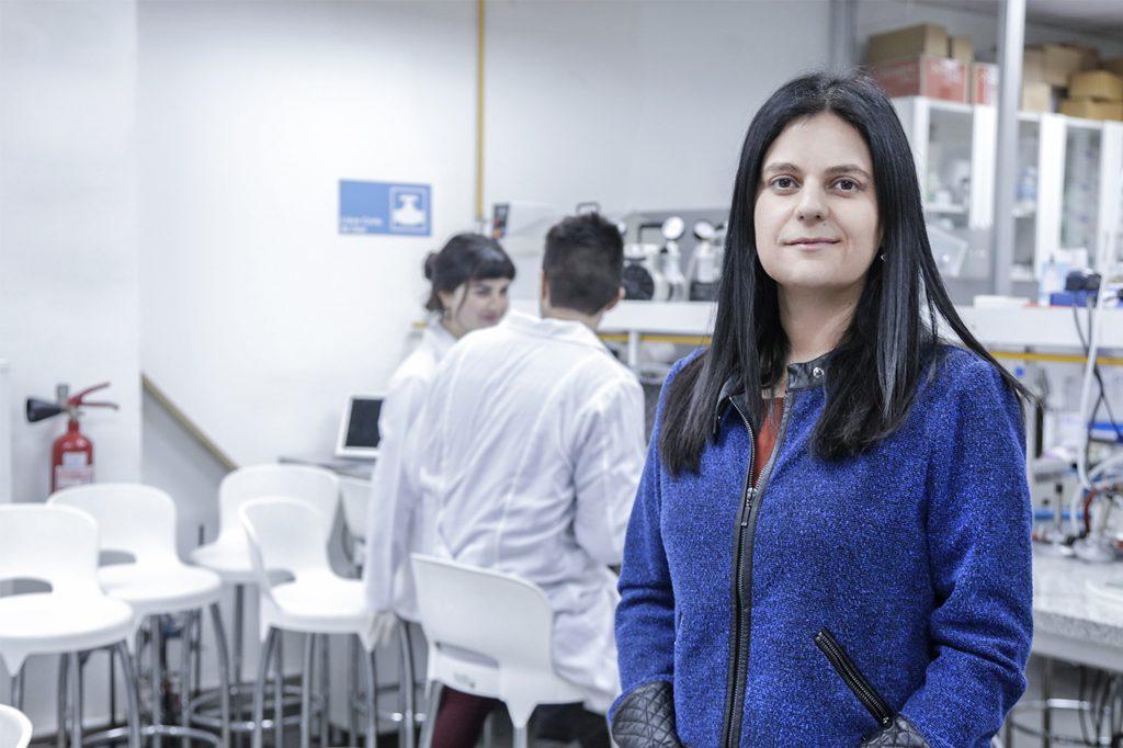 DRA. ELIZABETH GARRIDO, Directora de Ingeniería Ambiental (Santiago).