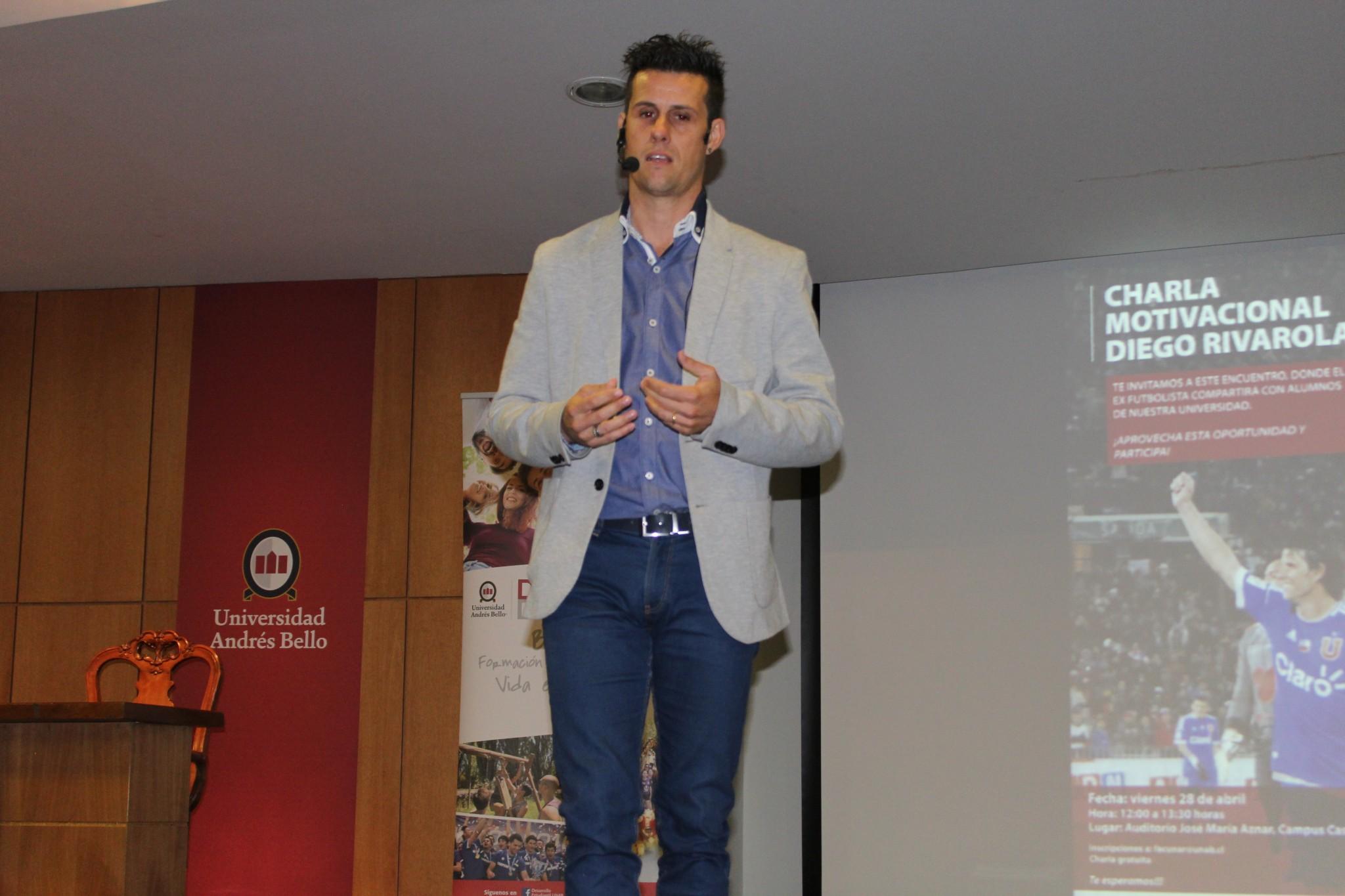Todo Un éxito Fue La Charla Motivacional De Diego Rivarola