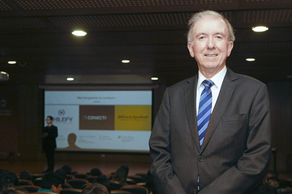 DR. PATRICIO CENTENO, Director de Ingeniería Comercial Vespertino (Viña del Mar).